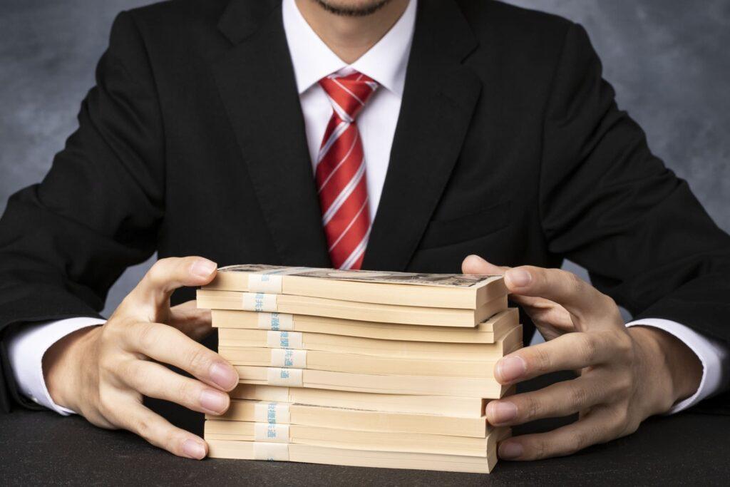 なぜ銀行員は手数料の高い商品を売るのか