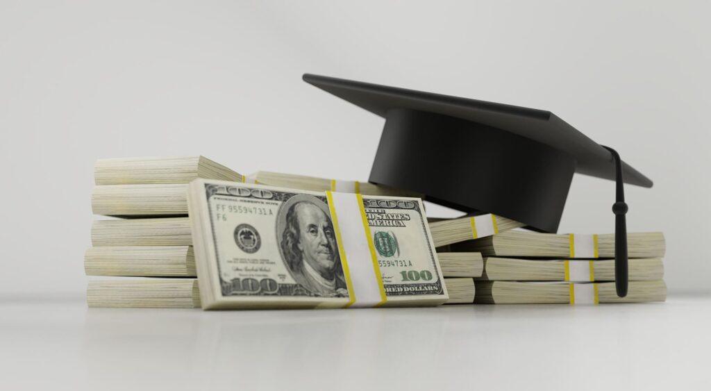 公的教育支出はGDPの2.9%
