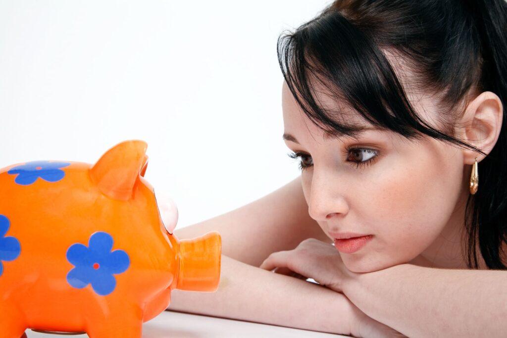 現状把握を行い、資産形成に回す資金を決める